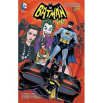 Batman 66 - Vol 3 by Jonathan Case - Jeff Parker - 9781401257507 Book