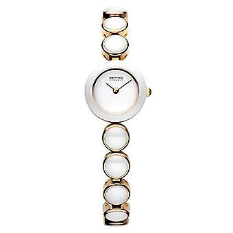 Bering analogique quartz femme avec l'acier inoxydable bracelet 33220-751