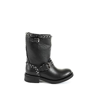 Ash women's TAB01 black leather ankle boots