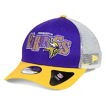 Minnesota Vikings NFL New Era 9Forty Youth Trucker Snapback Hat