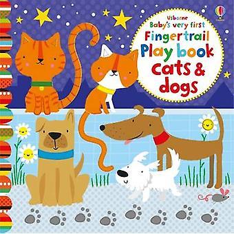 Babyens første Fingertrails Playbook katter og hunder av Fiona Watt-