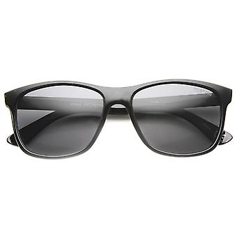 Unisex Horn Rimmed Sunglasses With UV400 Protected Polarized Composite Lens