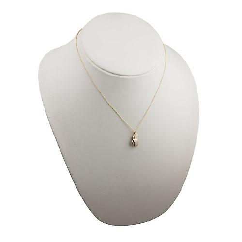 9ct Gold 14x11mm Boxing Glove Pendant with a cable Chain 18 inches