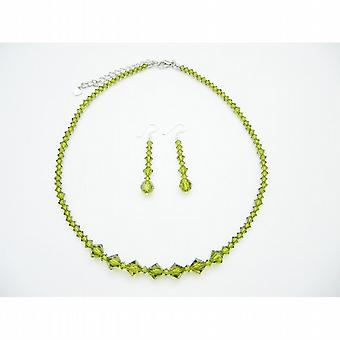 Olivin som Swarovski kristaller handgjorda smycken som 15e27e921cb48
