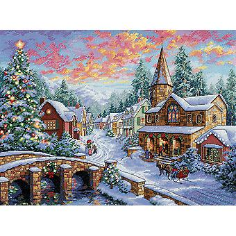 Gold Collection Holiday Village Counted Cross Stitch Kit-16