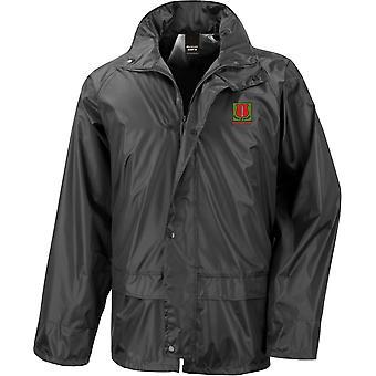 Escuela de Instructor de Infantería - Chaqueta de lluvia impermeable con licencia del ejército británico bordado