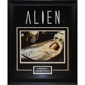 Alien - Signed Sigourney Weaver Movie Photo - Framed Artist Series