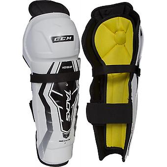 CCM tacks 1052 leg saver senior