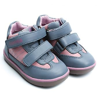 露营者儿童追求塞拉处女座运动鞋, 灰色 / 粉红色