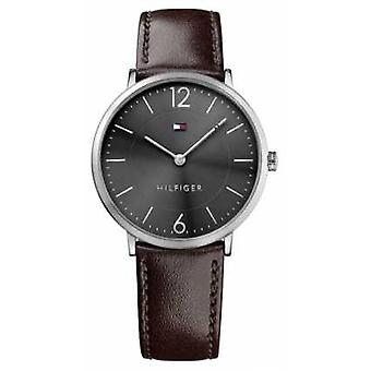 Tommy Hilfiger Mens James Brown Leather Strap Black Dial 1710352 Watch
