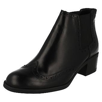 Ladies Clarks Chelsea Boots Calne Cristie