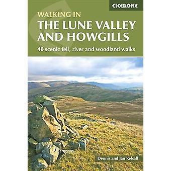 La rivière - Fell panoramique 40 - vallée de la Lune et Howgills et boisé Wal