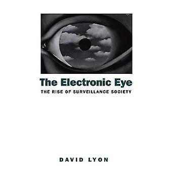 L'oeil électronique: L'essor de la société de Surveillance: ordinateurs et contrôle Social dans le contexte