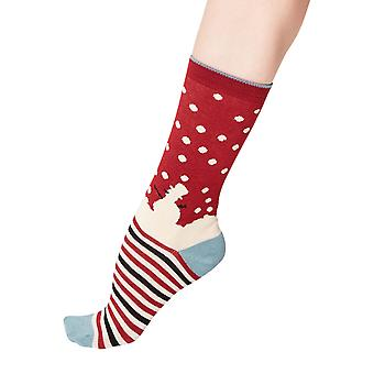 Snowman women's super-soft bamboo crew socks in cranberry | By Thought