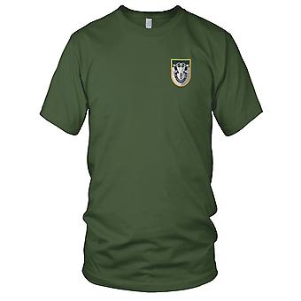 US Army - Special Forces Group JFK Flash broderad Patch - med krön Mens T Shirt