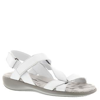 Walking Cradles Womens Score Open Toe Casual Slingback Sandals