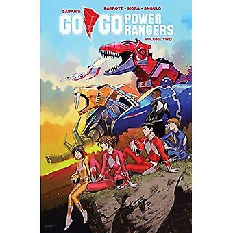 Saban's Go Go Power Rangers Vol. 2 (Mighty Morphin Power Rangers)