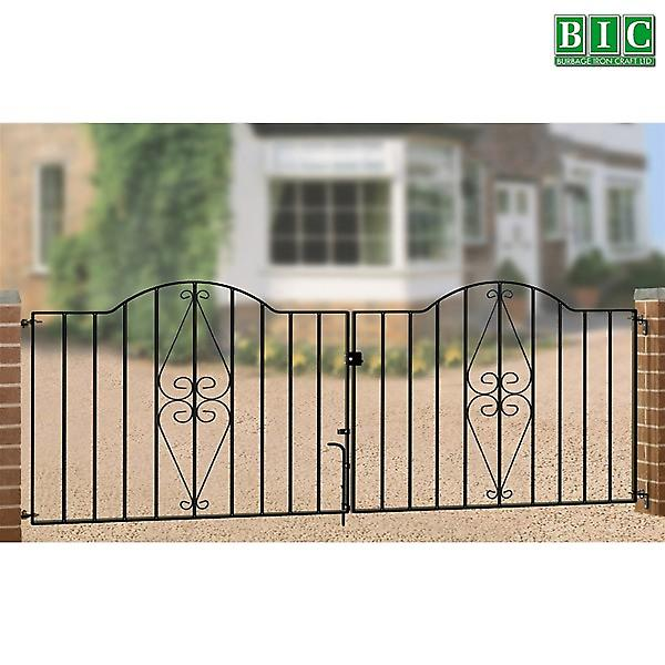Henley Double Metal Driveway Gates - Zinc Plated