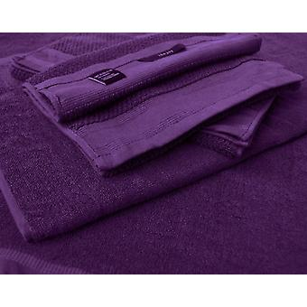 2 x bath towels and 2 bath towels in 100% cotton