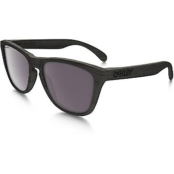 Oakley Frogskins Prizm Polarized Woodgrain Sunglasses (Prizm Daily Polarized Lens/Woodgrain Frame)