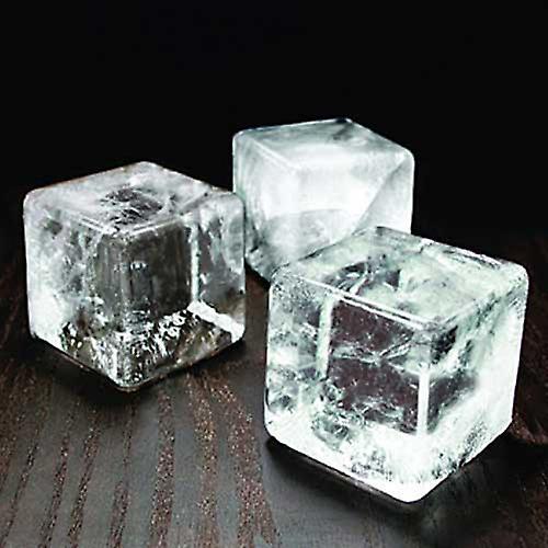 قوالب مكعبات الجليد الهائلة