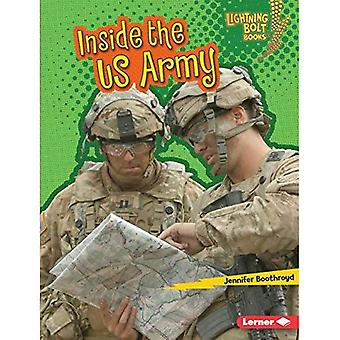 Inside the US Army (Lightning Bolt Books Us Armed Forces)