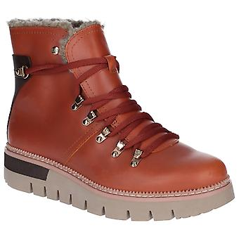 CAT Lifestyle Womens Attention Fur Waterproof Boot