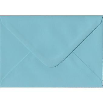 パステル ブルーでは、C6/A6 色青い封筒をのり付けされています。100gsm FSC 持続可能な紙。バンカー スタイル封筒 114 mm × 162 mm。