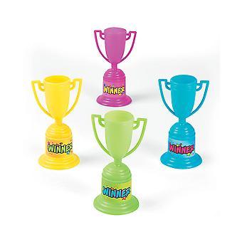 Verschiedene Farbe kleine Kunststoff Gewinner Award Trophy für Party-Taschen