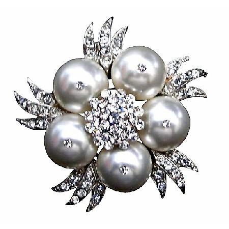 White Pearls Brooch Wedding Fashionable Bridal Wedding Bridemaids Swarovski White Pearls Brooch