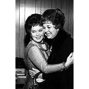 Shirley Temple przytulanie z Jane Withers Photo Print