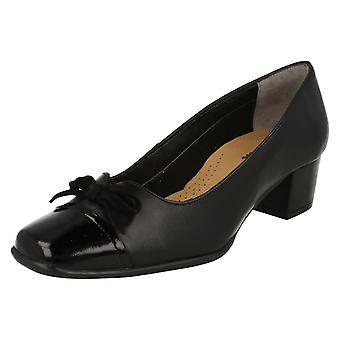 Ladies Van Dal Smart Court Shoes Stevie
