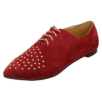 Ladies Spot On Flat Lace Up Shoe / Studded Vamp