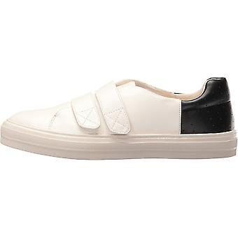 Nine West Womens Oleandro Low Top Slip On Fashion Sneakers