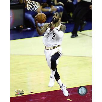 Kyrie Irving spil 6 af 2016 NBA finaler Photo Print (8 x 10)