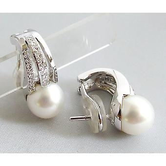 18 k earrings with Pearl and diamonds