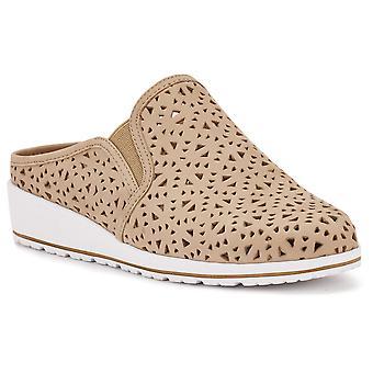 Walking Cradles Womens Freedom Closed Toe Casual Slide Sandals