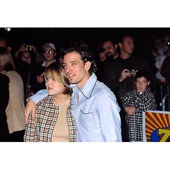 JC Chasez och hans flickvän Beth Flanagan på premiären av på linje Nyc 100901 av Cj Contino kändis