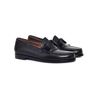 G.H. Bass & Co. Weejuns Tassle Loafers Black