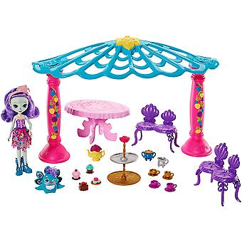 Enchantimals Garden Gazebo Patter Peacock Doll and Flap