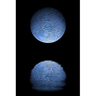 Kunstnere skildring av en tungt kraterbelagte blue moon stiger over en vannmasse rolig månen elementene ble trukket ut fra en falske farger NASA lasertopo kart plakatutskrift