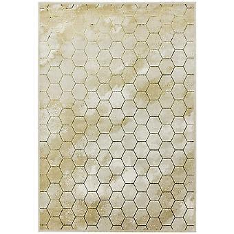 Quantum Qu05 Rugs In Honeycomb