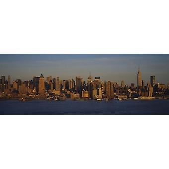 Skyskrapor på vattnet New York City New York State USA affisch Skriv