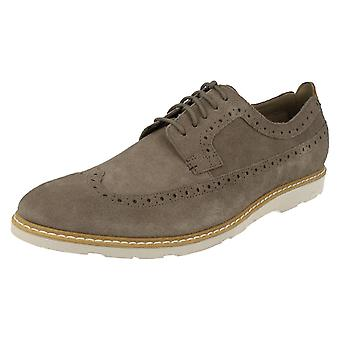 Mens Clarks Smart/Casual Brogues Gambeson kjole