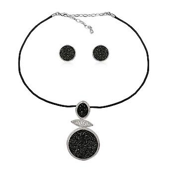 Set necklace and earrings in Crystal Quartz Black