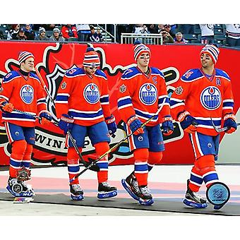 Edmonton Oilers Team Introduction 2016 NHL Heritage Classic Photo Print (8 x 10)