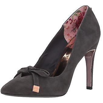 Ted Baker Womens Gewell Leather Closed Toe Classic Pumps