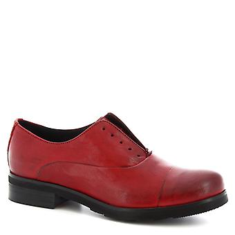 Leonardo Shoes Women's handmade derby laceless shoes in red calf leather