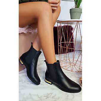 IKRUSH Womens Daina Faux Leather Ankle Boots