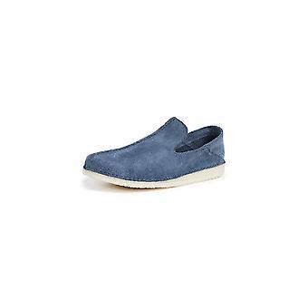 Clarks Mens Ashton Closed Toe Slip On Shoes